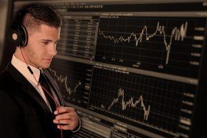 Mann an der Börse